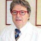 Medico negazionista: «Noi cavie da sperimentazione, ho firmato il ricorso al Tribunale per sospendere i vaccini»
