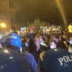 Napoli, la protesta anti-lockdown al Vomero