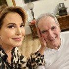 Barbara D'Urso, la tenera foto con Lamberto Sposini. Fan commossi: «Un vero signore»