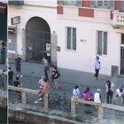 Fase 2, folla sui Navigli a Milano. Sala: vergogna, o si cambia o chiudo