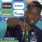 Pogba imita Ronaldo e toglie la birra Heineken dal tavolo