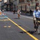 Milano, addio posti auto e strade più strette in fase 2: spazio a tavolini dei bar e bici
