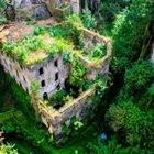 Sorrento, la spaccatura nella roccia conserva edifici nascosti: la meraviglia del Vallone dei Mulini