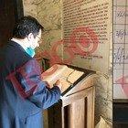 Salvini in visita al Mausoleo Ossario Garibaldino a Roma, la dedica: «Onore all'Italia»