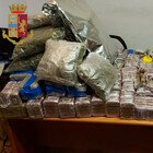 """Roma, scoperto il """"supermercato della droga"""": maxi-sequestro a Ottavia, più di 10 kg tra hashish, marijuana e cocaina"""