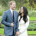 Meghan Markle e Harry e la corsa ai follower: assumono un esperto social da 30mila sterline l'anno per battere William e Kate
