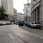 """Trieste, un testimone: «Quel """"mani in alto"""" e poi gli spari»"""