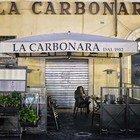 Lockdown Covid, locali chiusi o vuoti a Campo dei Fiori (foto Paolo Caprioli/Ag.Toiati)