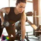 La dieta corretta per chi si allena spesso, cosa mangiare prima e dopo (e occhio agli errori)