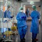 Covid in Lombardia, bollettino domenica 18 aprile: 64 decessi e 1.782 contagi, ricoveri in calo