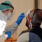 Spallanzani: «Tampone solo dopo test rapido con alta carica virale»