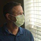 Quanto ci si può contagiare stando con un infetto in stanza o in auto? Simulalo al pc
