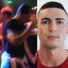 Sesso, video hard del calciatore in discoteca: il club lo sospende