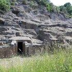 """Il borgo di Blera e la """"piccola Cappadocia"""" del Lazio: la necropoli di Pian del Vescovo"""