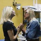 Grande Fratello Vip: Matilde Brandi litiga con tutte, anche con Antonella Elia: «Sei una coatta»
