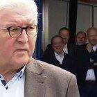 Alluvione in Germania, il governatore Laschet ride sul luogo della tragedia: è bufera. Lui: «Mi dispiace»