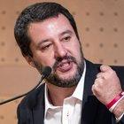 Salvini annuncia il taglio delle scorte: «Troppe 585, chi non ha bisogno vada in taxi»