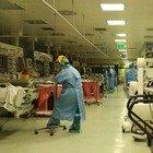 Coronavirus, in pericolosa risalita le terapie intensive: occupazione posti letto al 43%