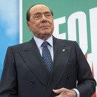 Berlusconi positivo al Covid: «Mi è successo anche questo, ma continuo la battaglia»