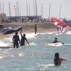 Grande affluenza su spiagge del litorale romano, pieni anche ristoranti e centri cittadini