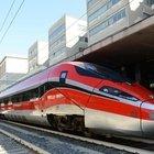 Covid, treni alta velocità Frecciarossa e Italo tornano a viaggiare al 100% dei posti. Cts contrario: «Scelta preoccupante»