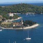 Il primario Sala cade in mare a Hvar, un'elica gli taglia una gamba: è grave