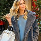 Chiara Ferragni shopping con la borsa Birkin da 100mila euro, in via Montenapoleone senza mascherina