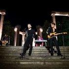 Lorenzo Fragola canta con i The Kolors: le atmosfere anni '80 di 'Solero'