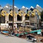 """Rotterdam, l'ostello ha la forma di un dado inclinato: ecco lo """"Stayokay"""""""