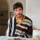 Belen incinta, Stefano De Martino rivela: «Santiago? Me lo chiede sempre al telefono...»