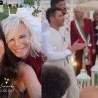 Maria De Filippi, in tricolore officia il matrimonio di un collaboratore con il compagno. «Ecco di chi si tratta...»