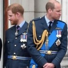 William e Kate, lezioni di stile a Harry e Megan? In viaggio con un low cost da 70 sterline