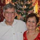 Coronavirus, marito e moglie sposati da 50 anni muoiono insieme tenendosi per mano