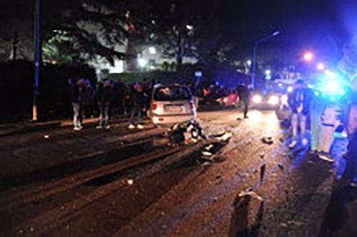 Pozzuoli (Napoli), schianto frontale auto-moto: un morto