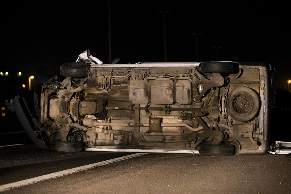 Roma, scontro sul Gra: muore passeggero di un taxi, 5 feriti