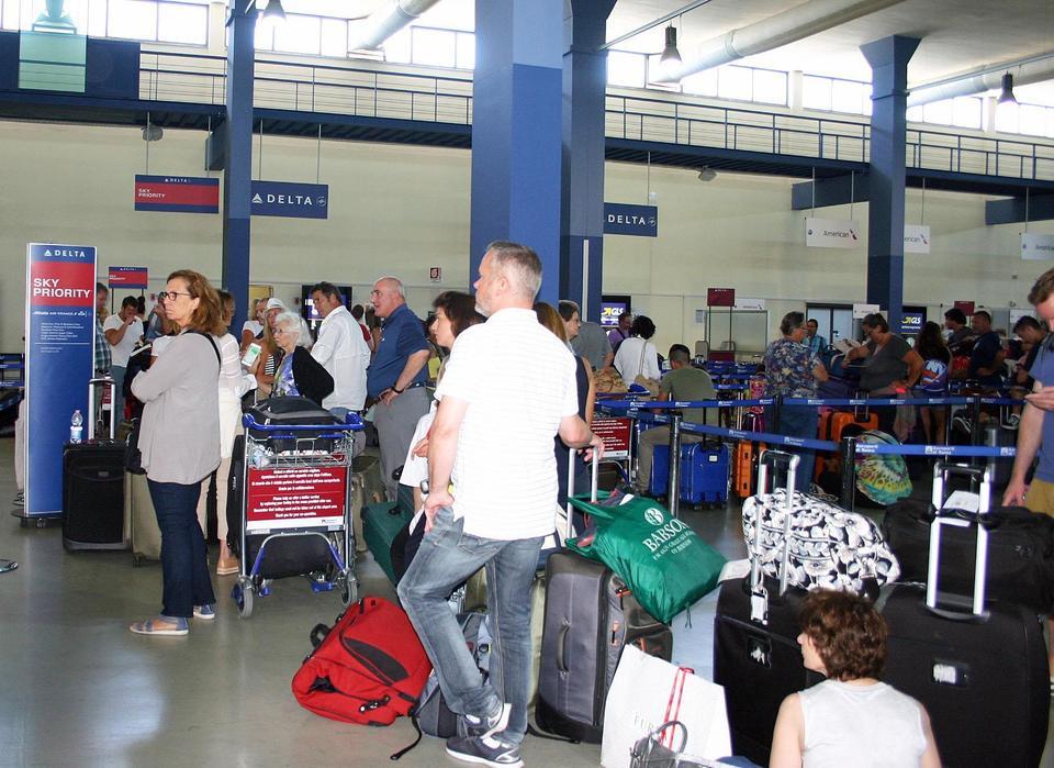 I voli della compagnia Delta non stanno partendo in tutto il mondo