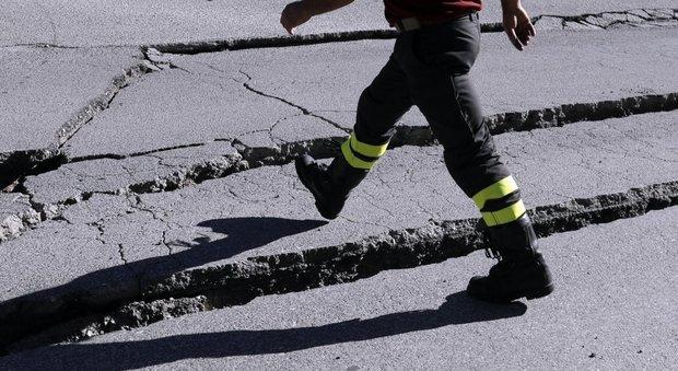 Terremoto Norcia, la forte scossa fa oscillare i lampadari