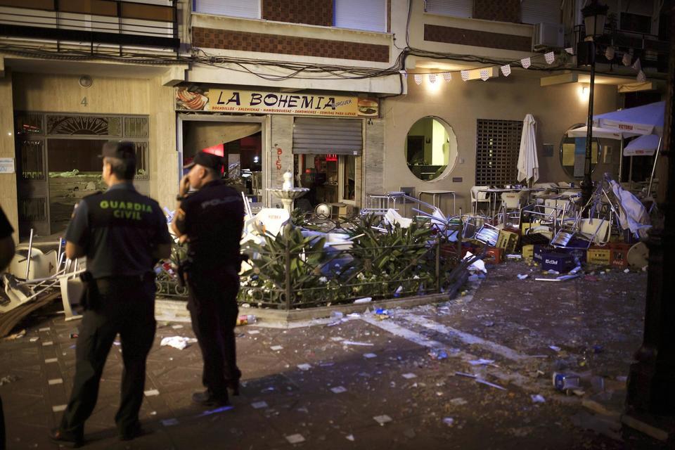 Spagna, esplode bombola di gas a Malaga: almeno 77 feriti