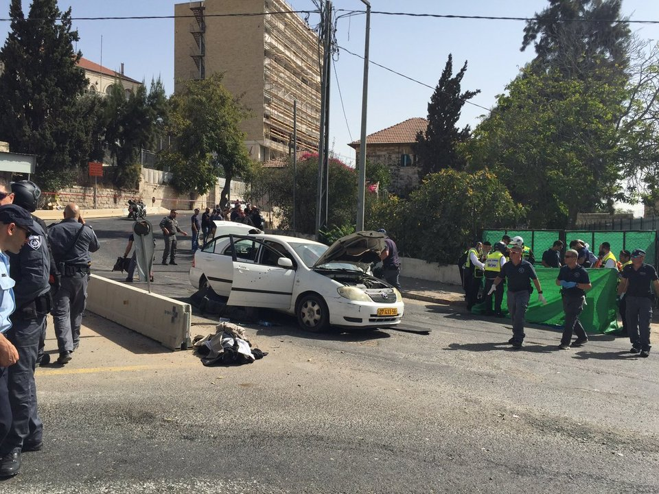 Gerusalemme: sparatoria nella metro, 4 feriti