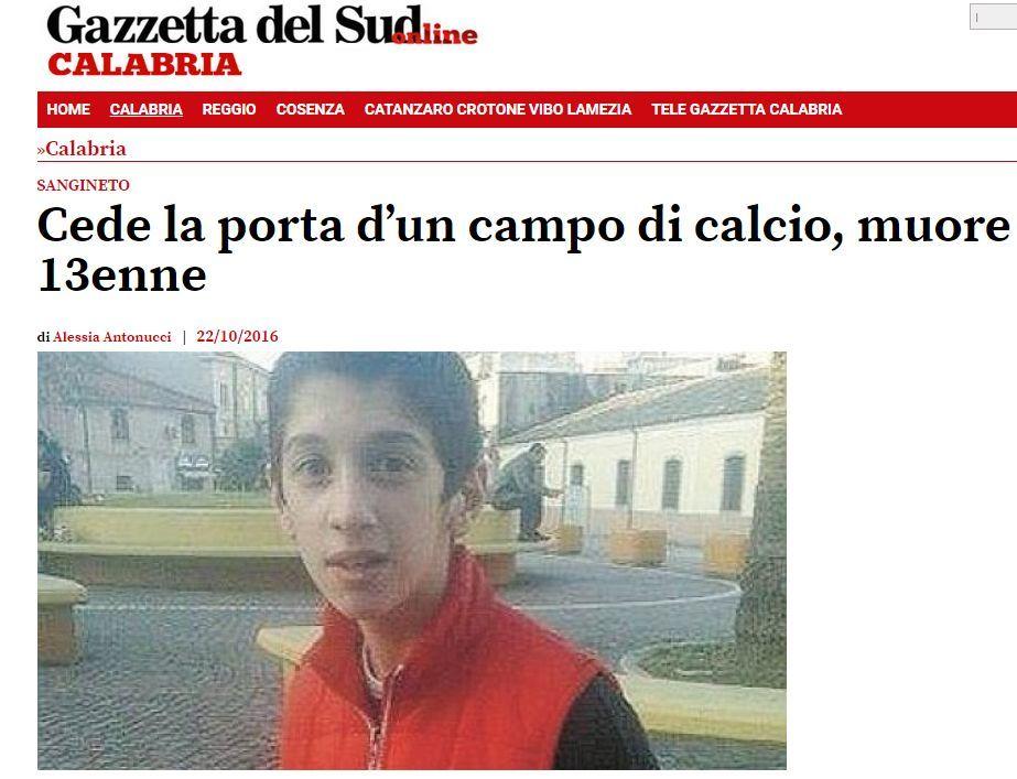 SANGINETO (CS). Porta calcio gli cade addosso, morto 12enne