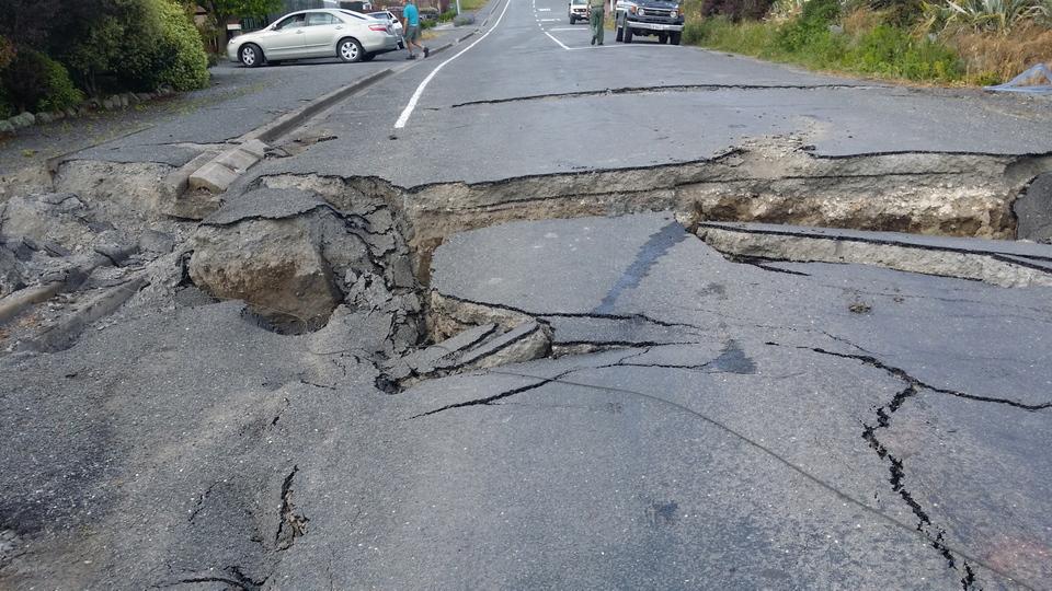Nuova Zelanda,terremoto ha sollevato il fondo marino di 2 m