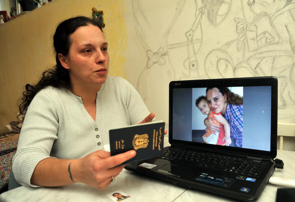 Rapì la figlia e la portò in Siria, fermato dall'Interpol in Turchia
