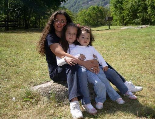 Genova, un poliziotto uccide moglie e due figlie e si suicida