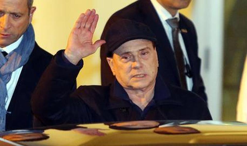 Berlusconi in ospedale, due ore al San Raffaele:
