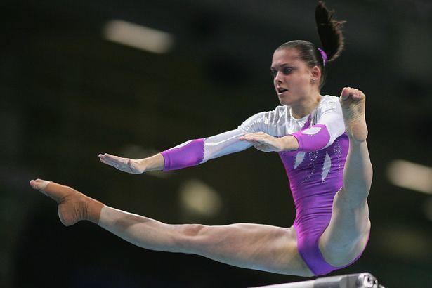 Cirque du Soleil, acrobata cade nel vuoto: è in gravi condizioni