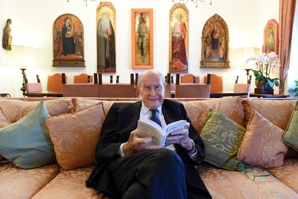 Morto Veronesi, il dolore del figlio Alberto: