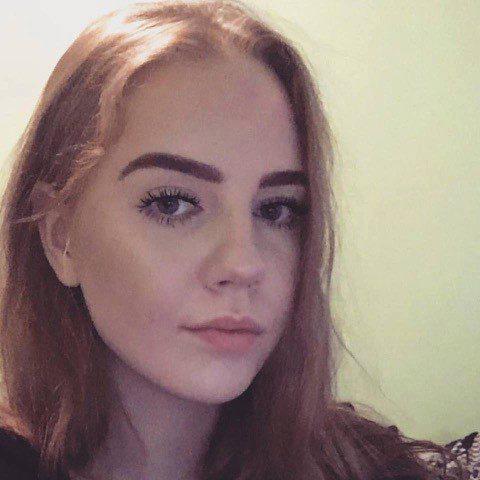 Va a comprare un kebab e muore a vent'anni: Islanda sotto choc
