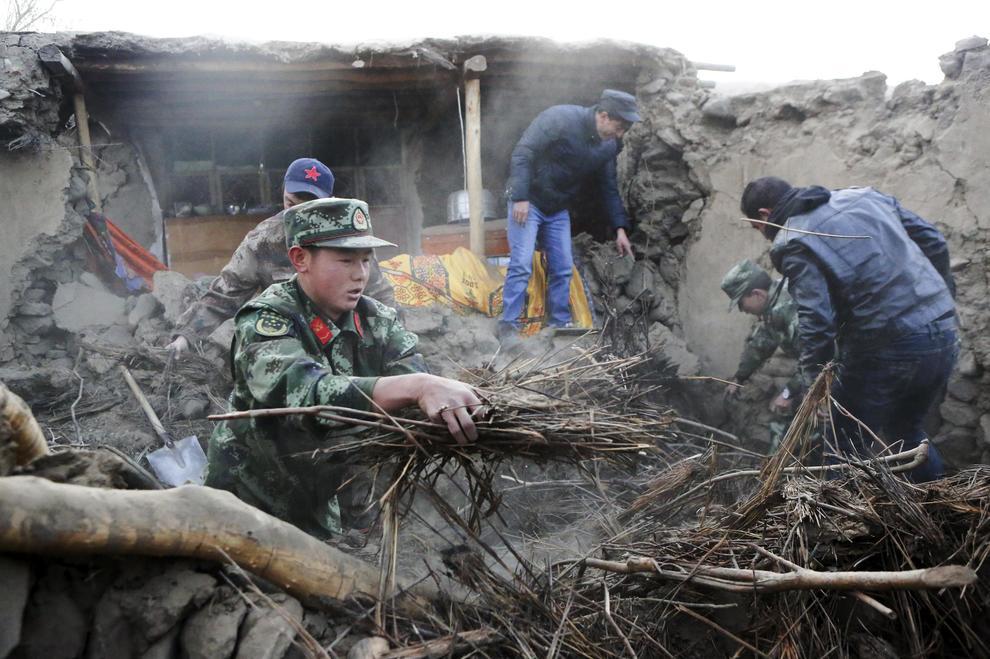 Violento terremoto in Cina: almeno 8 morti