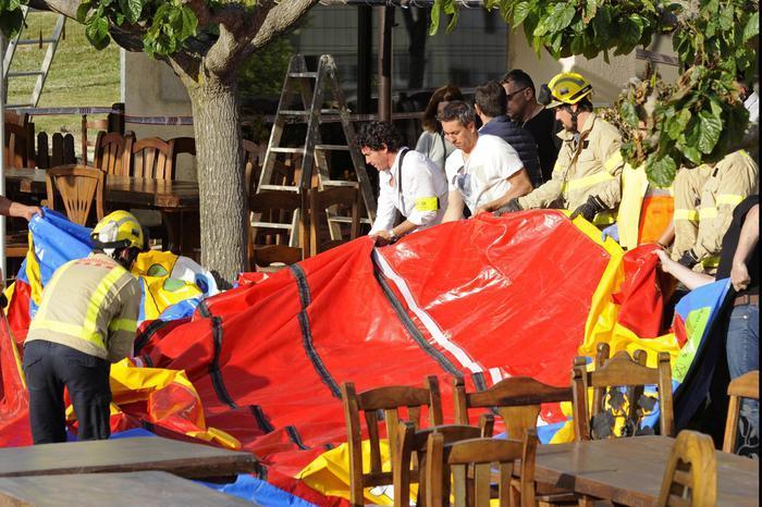 Esplode castello gonfiabile: muore bimba di 6 anni, altri 6 feriti