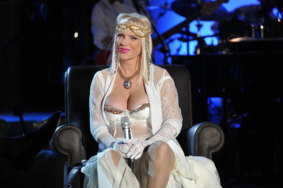 Tentata truffa, condannata a Roma ex pornodiva Cicciolina